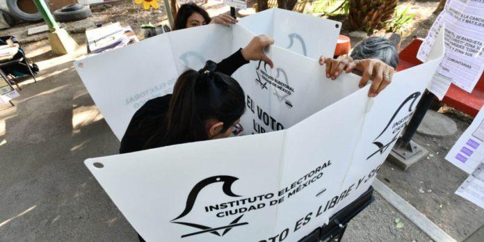Morena busca reducir participación de la ciudadanía en la CDMX