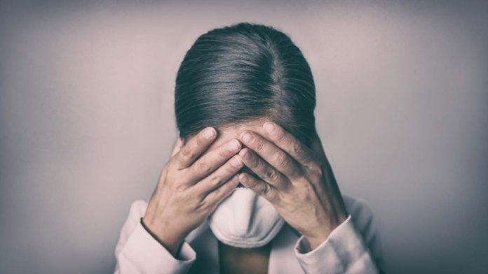 COVID-19 podría disparar hasta 20% los suicidios en el país