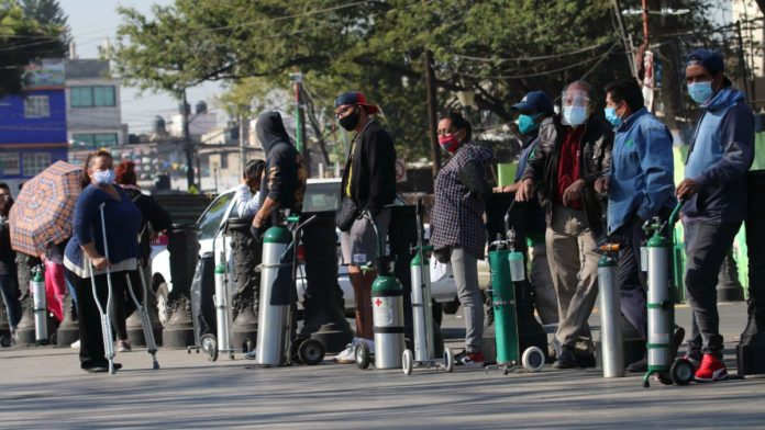 Delincuentes se aprovechan de la alta demanda de tanques de oxígeno