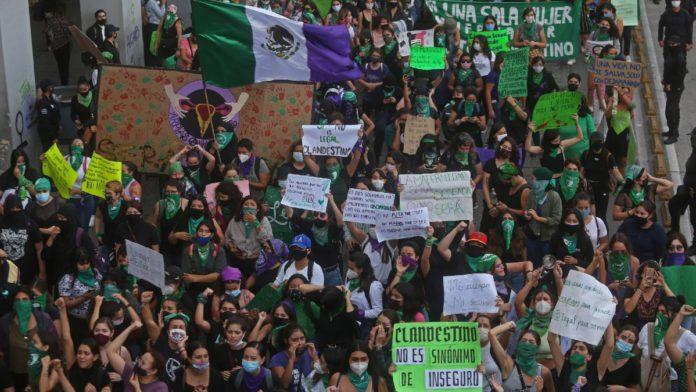 """En México sí se registran """"víctimas"""" de aborto pero no víctimas de delitos sexuales"""